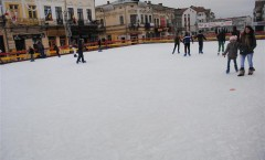 patinoar centrul vechi botosani