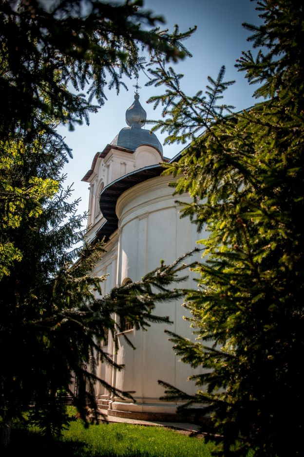 Biserica_SF_Dumitru